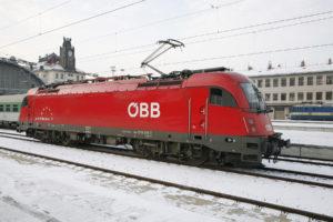 Lokomotiva řady 1216 Taurus rakouských ÖBB, Praha hl.n., zdroj: České dráhy