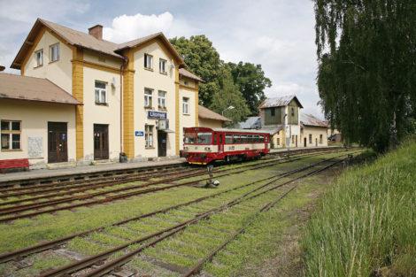Nádraží Litomyšl, motorový vůz 810, foto: České dráhy