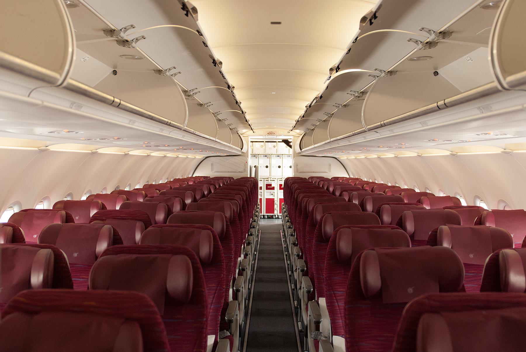 Qatar Airways, A320, interiér třídy Economy, foto: Zdopravy.cz/Josef Petrák