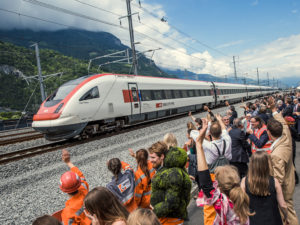 Jednotka ICN RABDe 500 u Gotthardského tunelu, foto: SBB