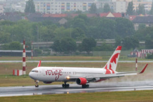 Air Canada Rouge na letišti Berlin Tegel. Foto: www.berlin-airport.de