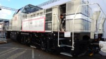 Lokomotiva H3 od Alstomu kombinuje naftový a bateriový pohon. Autor: Zdopravy.cz/Jan Šindelář
