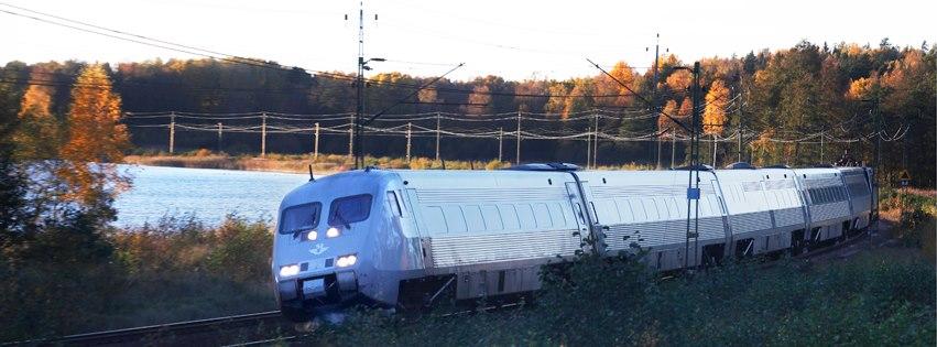 Švédské dráhy SJ používají zatím tři typy jednotek vlaků pro rychlost na 200 km/h. Jednotka SJ3000 je nejnovější z nich. Foto: SJ