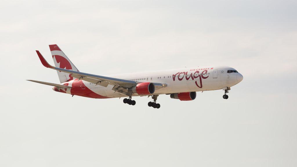 Air Canada rouge Autor: Shutterstock