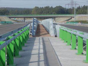 Jižní konec D3 je řidičům zapovězen, čeká se na obchvat ČB. Autor: Zdopravy.cz/Jan Šindelář