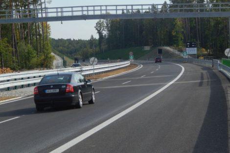 Začátek hotového úseku u ČB ve směru na jih. Autor: Zdopravy.cz/Jan Šindelář