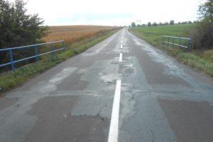 Silnice II/432 před opravou. Autor: Swietelsky
