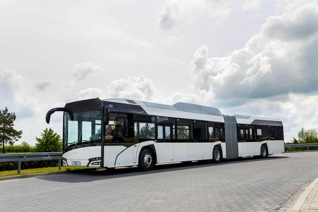 Kloubový autobus Solaris Urbino. Foto: Solaris