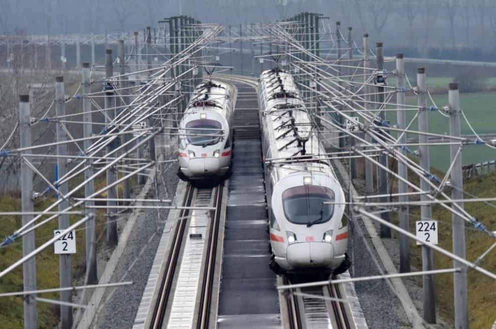 Jednotky ICE T u Norimberka. Foto: Deutsche Bahn.