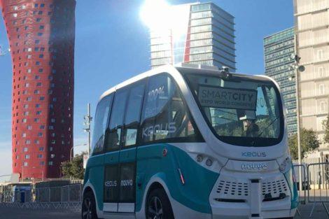 Minibus Navya při jízdě po barcelonském výstavišti. Foto: Jan Sůra