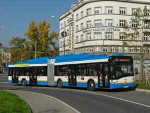 Autobus Solaris Urbino 18 CNG v barvách Dopravního podniku Ostrava. Foto: DPO