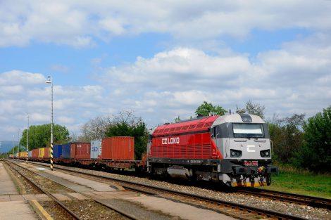 Diesel-elektrická lokomotiva EffiLiner 1600 Autor: Vladimír Hrnciar