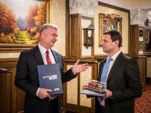 Josef Bárta, předseda představenstva CZ LOKO a Tamás Heinczinger, výkonný ředitel CER Hungary. Autor: CZ Loko