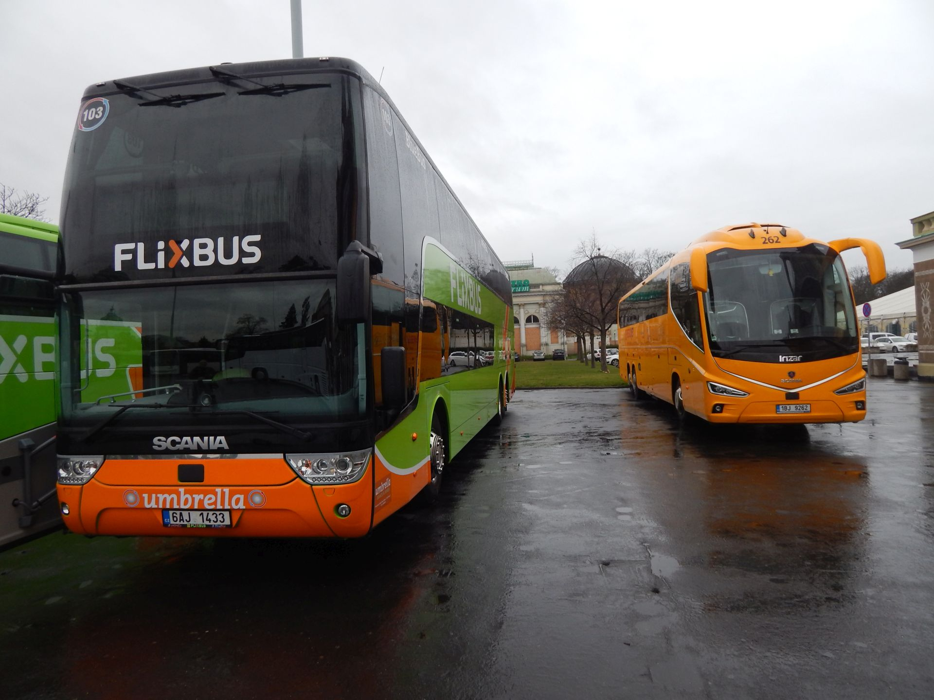 Flixbus versus Regiojet. Kdo nakonec bude ten vzadu? Autor: Zdopravy.cz/Jan Šindelář