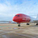 Boeing 787-9 společnosti Norwegian na Gatwicku. Foto. Simon Wright - Norwegian