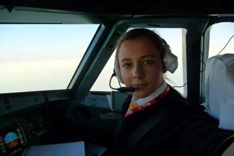Judita Svobodová za letu v A319. Foto: archív Judity Svobodové