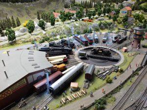 Točna na kolejišti KŽ. Foto: Království železnic