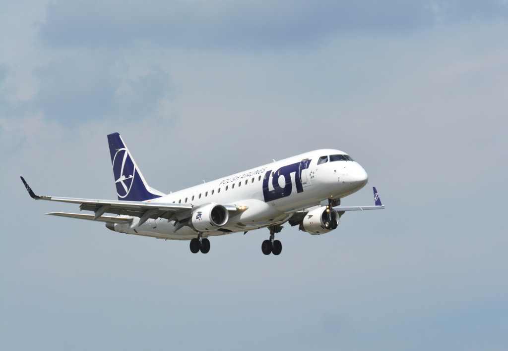 Embraer E-175 společnosti LOT. Foto: LOT
