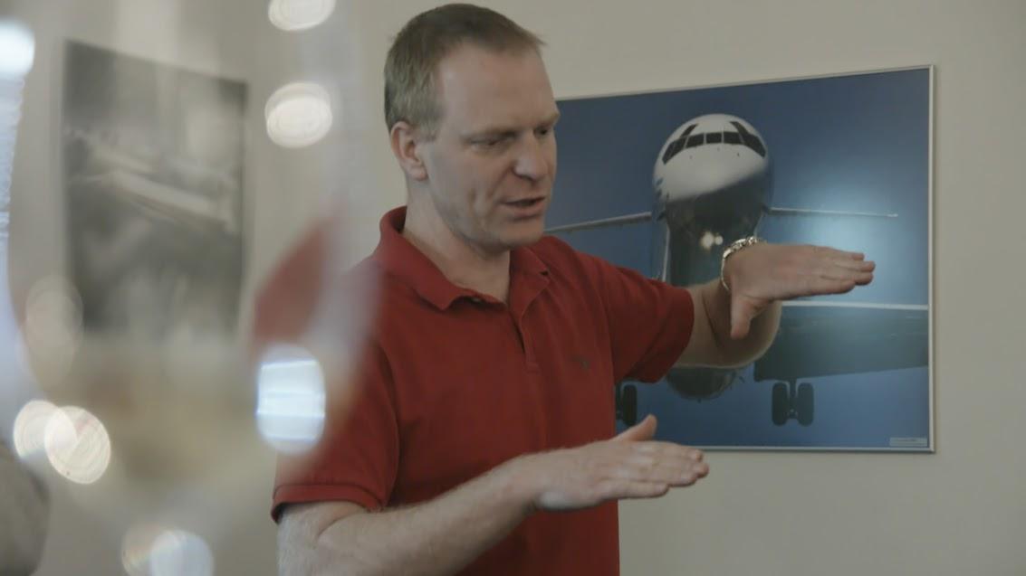 Petr Bílý, zakladatel a majitel simulátoru DC-9. Foto: realsim.cz