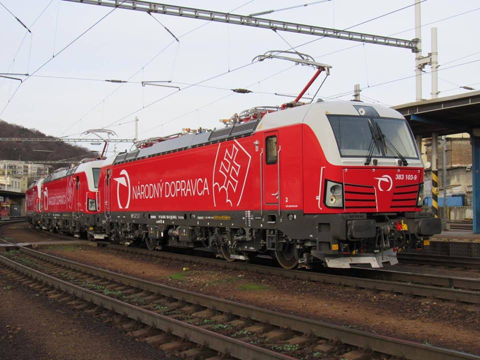 ZSSK poprvé vyjely s lokomotivou Siemens Vectron. Foto: ZSSK
