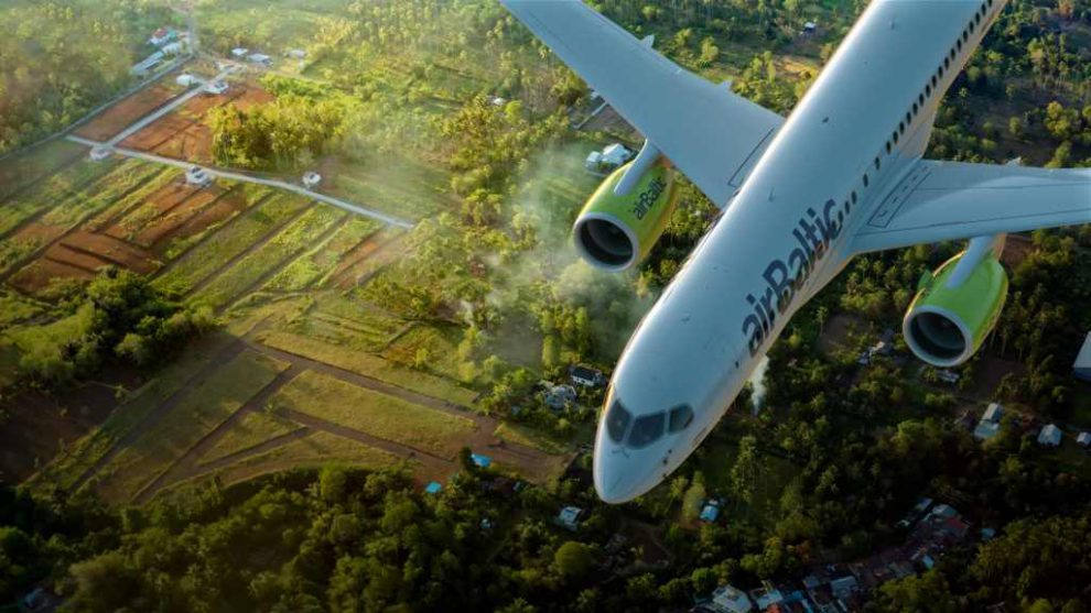 Letoun Bombardier CS300 společnosti airBaltic. Foto: airBaltic