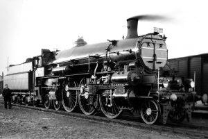 Lokomotiva řady 375.0 přezdívaná Hrboun. Autor: Archiv Depa historických vozidel ČD