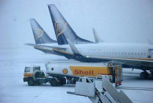 Odstavená letadla Ryanairu v zimě. Ilustrační foto: Dublinairport.com