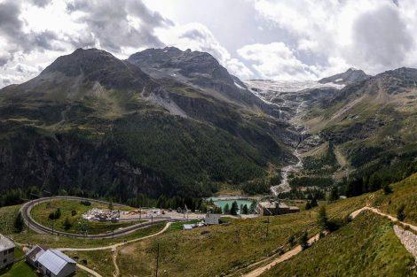 Výhled nad stanicí Alp Grüm. Foto: Jan Sůra
