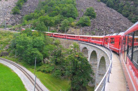 Po viaduktu v Brusiu. Foto: Jan Sůra