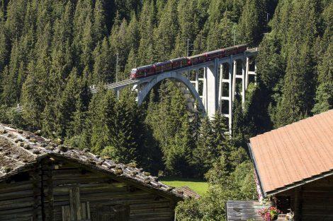 Viadukt Langwies na Arosabahn. Foto: Rhätische Bahn