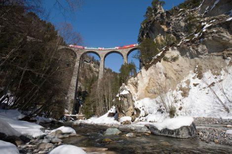 Landwasserviadukt: Foto: Rhätische Bahn