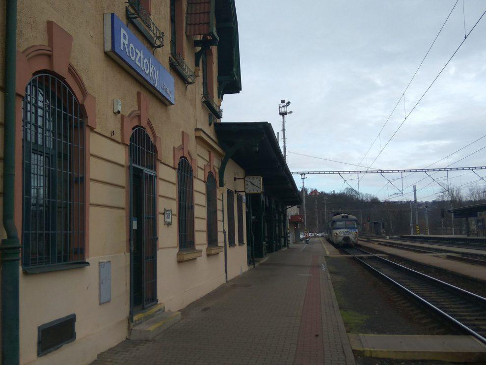 Stanice Roztoky u Prahy. Foto: Jan Sůra