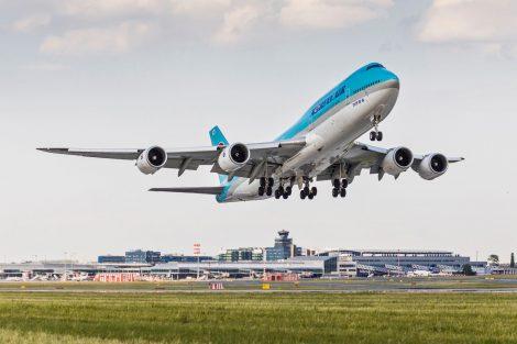 Letiště Praha, jumbo Korean Air. Pramen: Letiště Praha