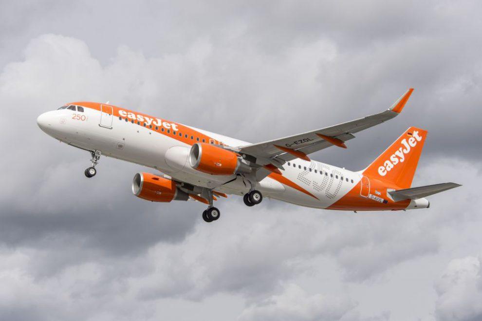 Letadlo easyJetu. Autor: easyJet