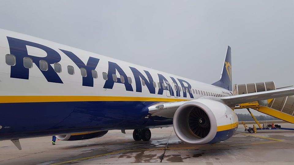 Boeing 737 společnosti Ryanair v Pardubicích. Foto: Lucie Šmoldasová - Reportér magazín