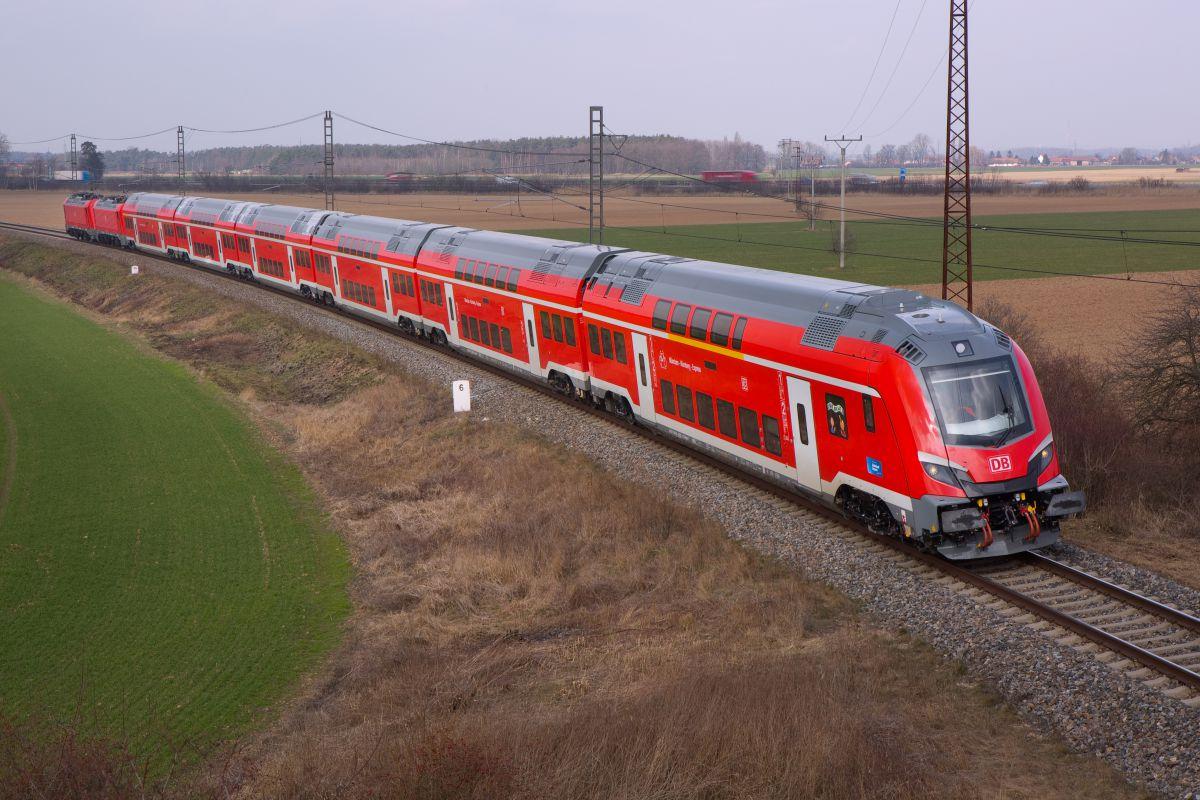 Dvoupodlažní push-pull souprava Škody Transportation pro Deutsche Bahn. Foto: Škoda Transportation