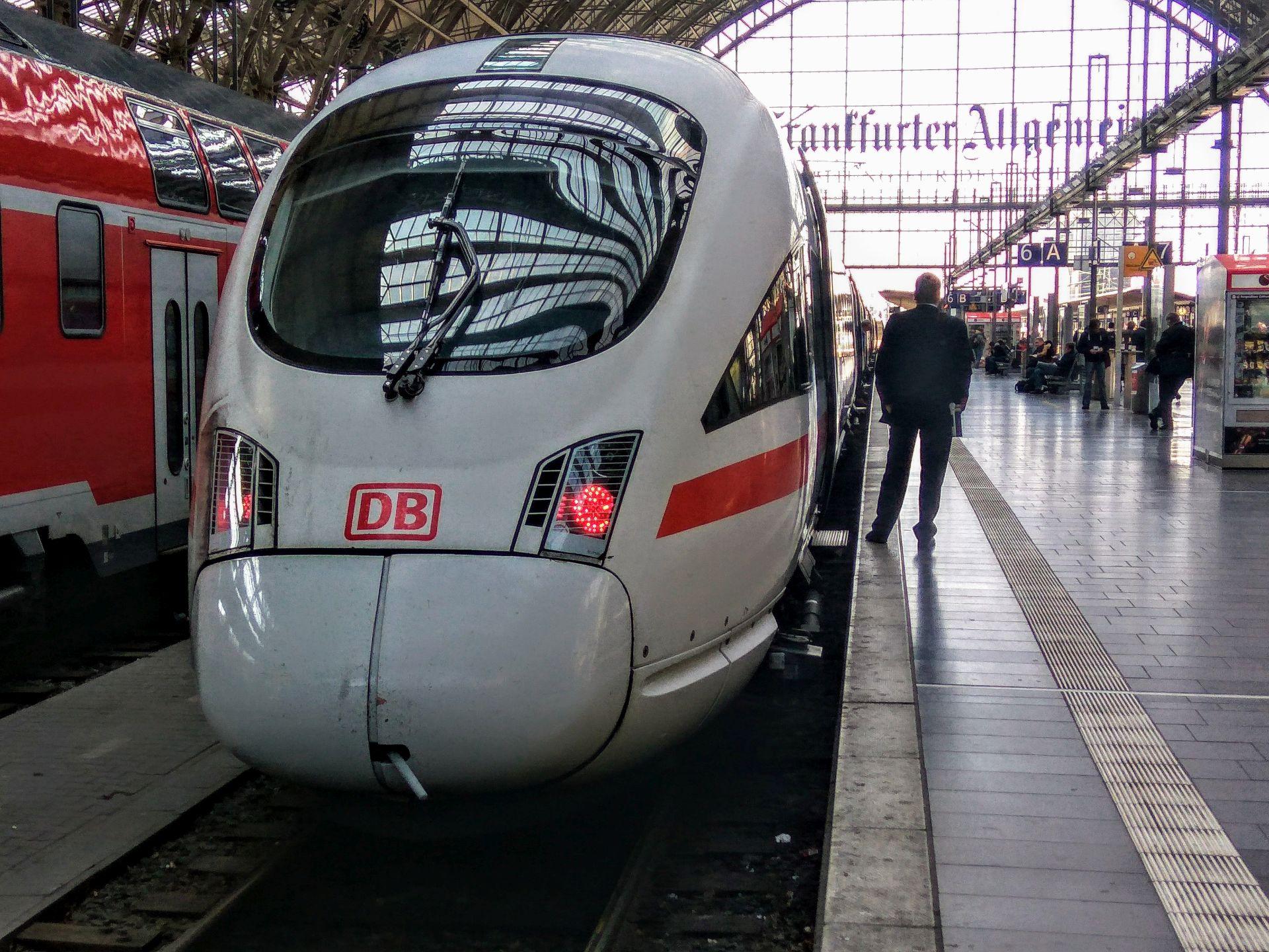 ICE na nádraží ve Frankfurtu. Foto: Jan Sůra