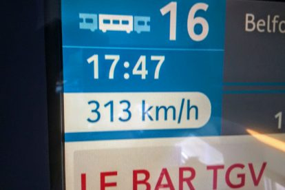 Na trati LGV Rhin-Rhône dosahují vlaky rychlosti 320 km/h