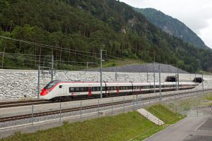 Stadler Giruno u Gotthardského tunelu. Foto: Stadler