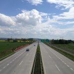 D55 poblíž Pravčic. Autor: Lakky – Vlastní dílo, CC BY-SA 4.0, https://commons.wikimedia.org/w/index.php?curid=48769607