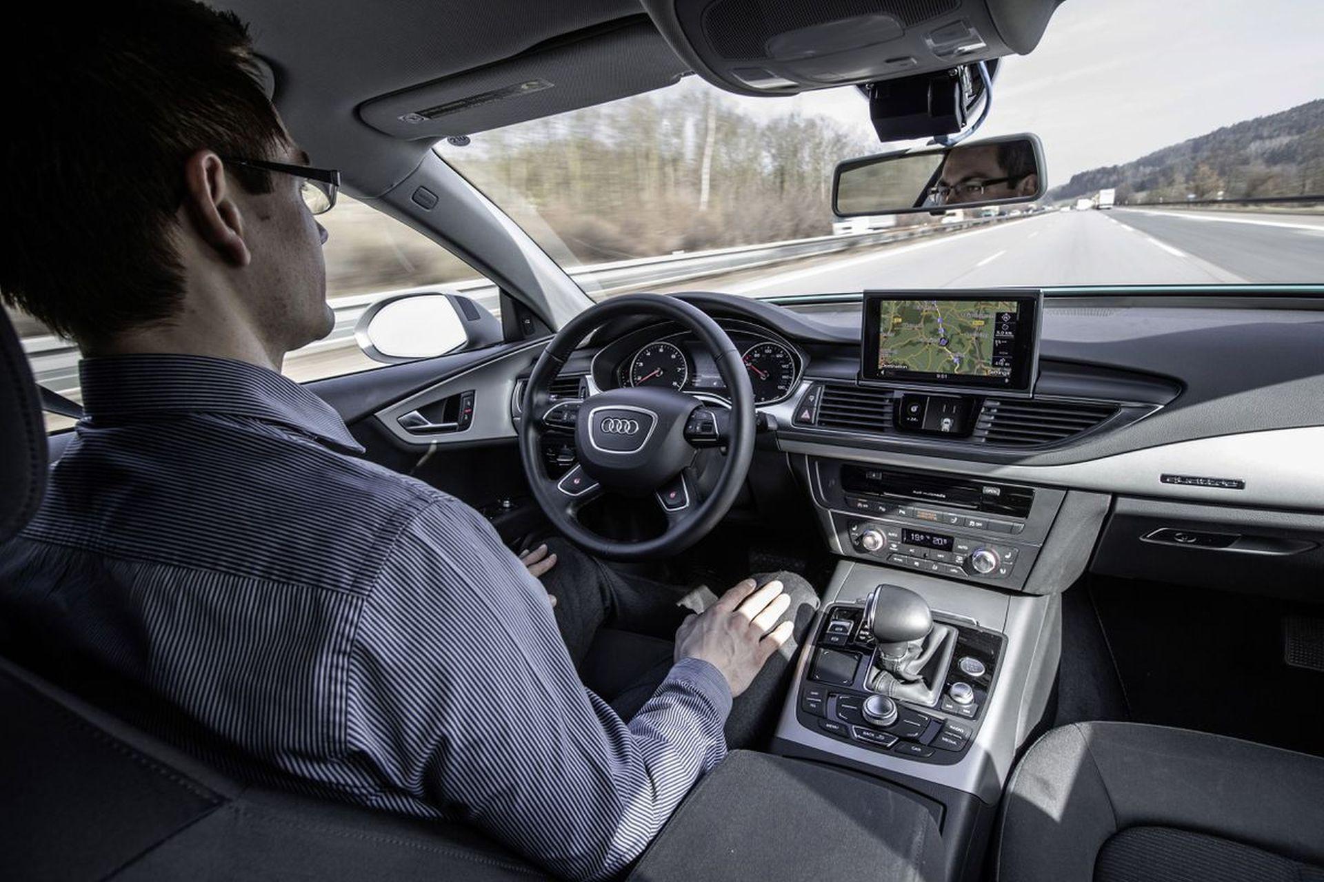 Testování autonomního řízení na německé dálnici. Foto: Audi
