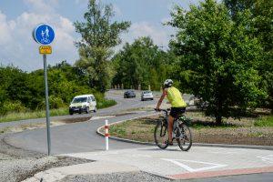 Cyklostezka mezi Horními Počernicemi a Běchovicemi. Foto: TSK. Foto: TSK