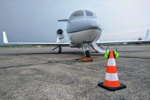 Rozměry letadla: 4,54 m na výšku, 12.99 na délku a 12,12 rozpětí křídel. Foto: Jan Sůra
