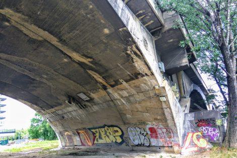 Libeňský most, část na holešovické straně. Foto: Jan Sůra