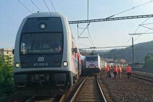Vlaky v Ústí nad Labem zastavily jen pár centimetrů od sebe. Autor: Drážní inspekce