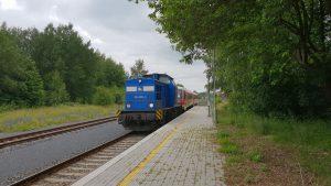 Motorák dopravce Arriva 628.277 (v pozadí). Autor: Jan Paroubek
