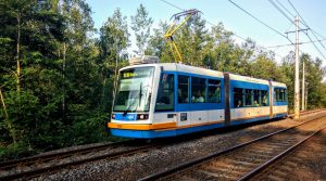 Tramvaj Inekon LTM 10.08 v Ostravě na trati mezi Výstavištěm a Hranečníkem. Foto: Jan Sůra