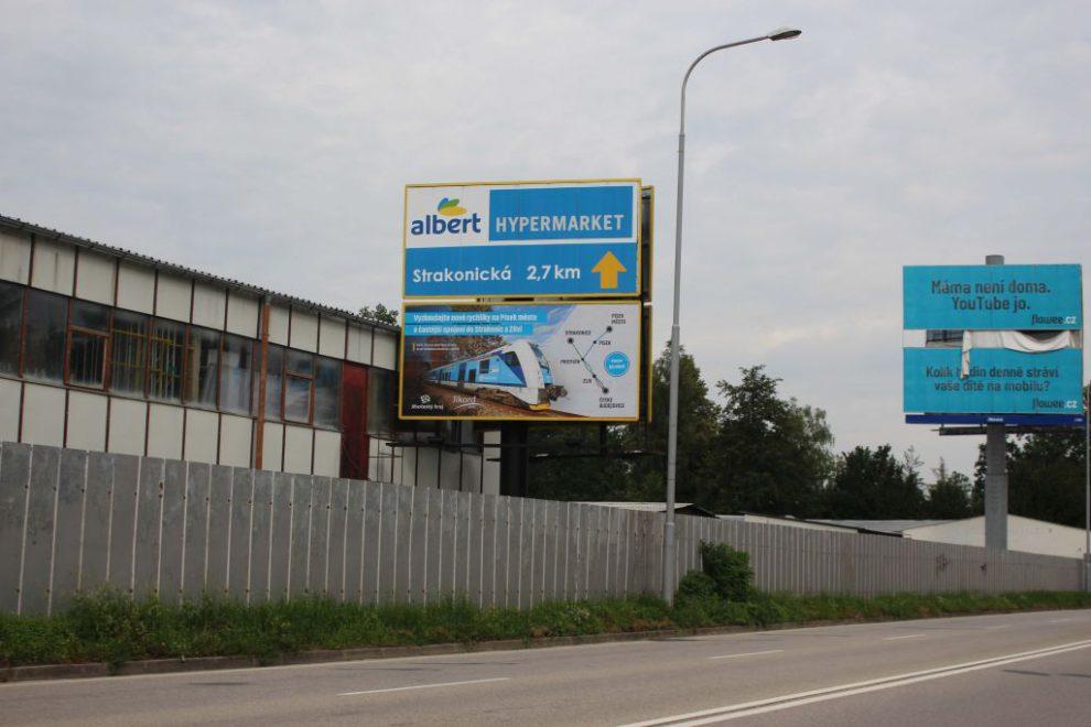 Billboard s reklamou na jihočeskou železnici. Autor: 4Les