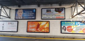 Billboard s reklamou na jihočeskou integrovanou dopravu. Pramen: GW Bus