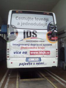Reklama na jihočeskou integrovanou dopravu. Pramen: GW Bus